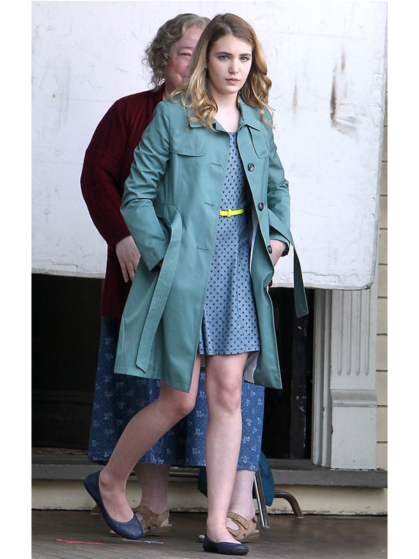 Sophie Nelisse The Great Gilly Hopkins Coat