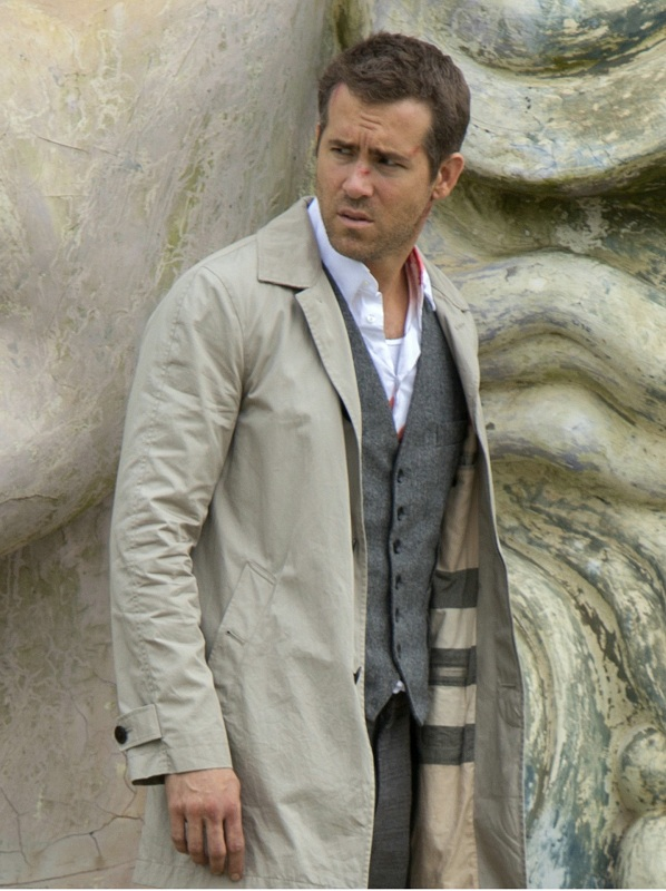Ryan Reynolds Movie Selfless Damian Coat