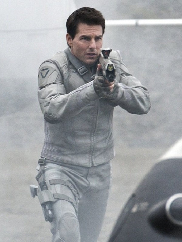 Tom Cruise Oblivion White Jacket