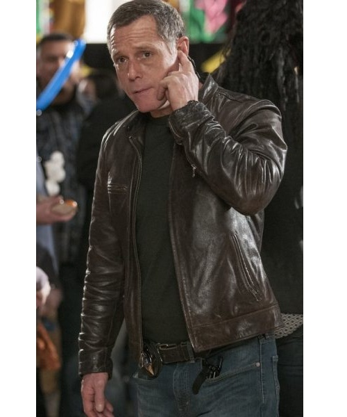 Chicago-PD-Hank-Voight-Leather-Jacket,