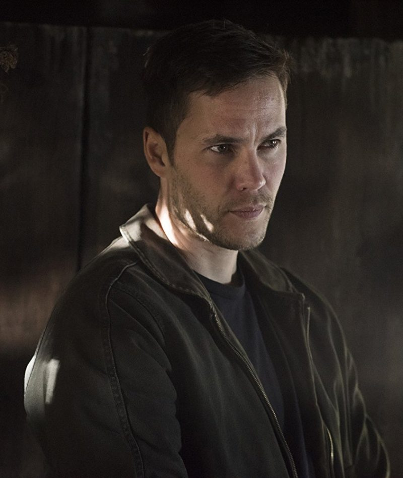 Taylor Kitsch True Detective Black Jacket