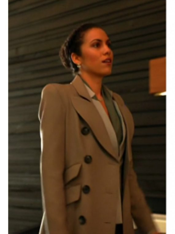 Zoe-Ramirez-Arrow-TV-Series-Andrea-Sixtos-Coat,