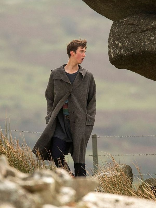 Angus Imrie The Kid Who Would Be King Young Merlin Coat