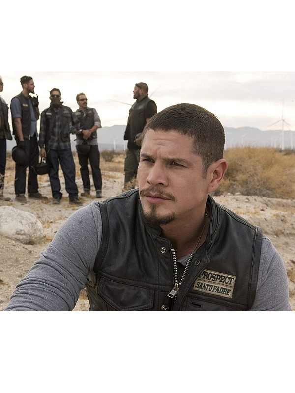 JD Pardo in Mayans M.C. (2018)