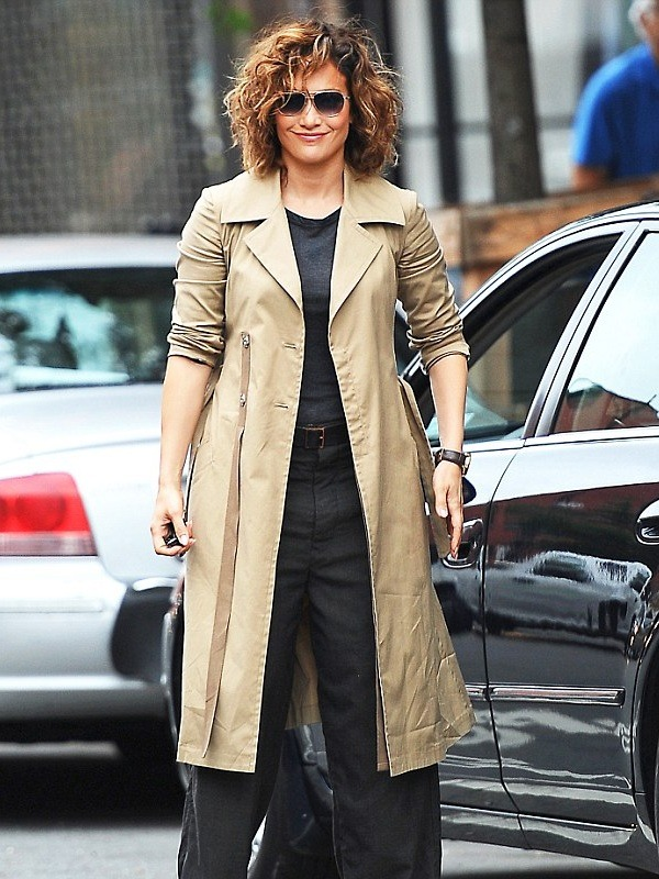 Stylish Jennifer Lopez Trench Coat