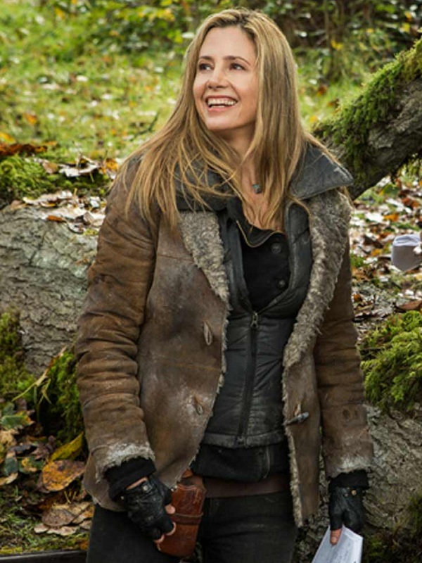Mira Sorvino Falling Skies Sara Leather Jacket